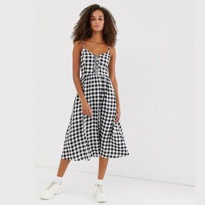 New Look Gingham Lace Up Midi Dress